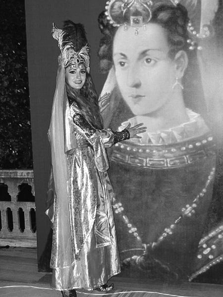 seks-foto-roksolani-devushki-v-chulkah-trah