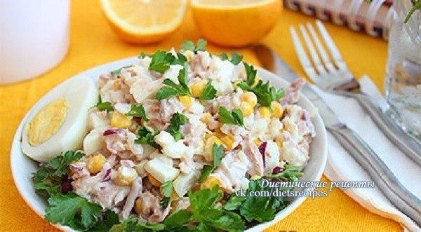 Салат с тунцом консервированным и рисом рецепт