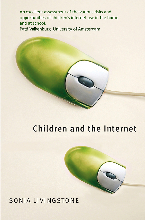 Sonia  Livingstone Children and the Internet risk regulation and administrative constitutionalism
